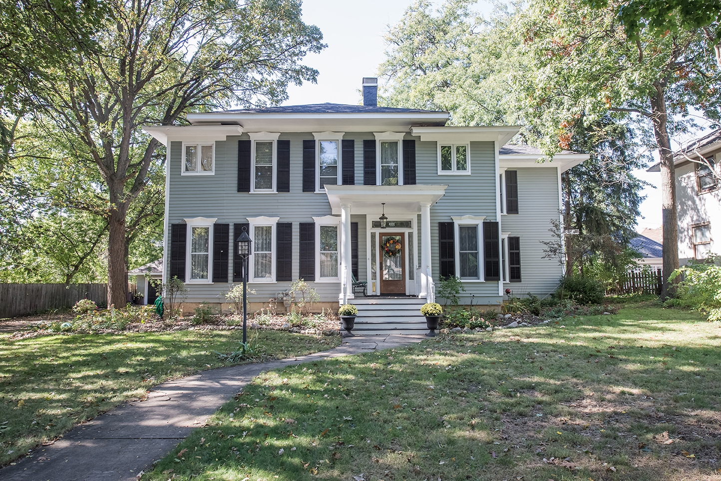 4932-highland-downers-grove-real-estate-agent-property