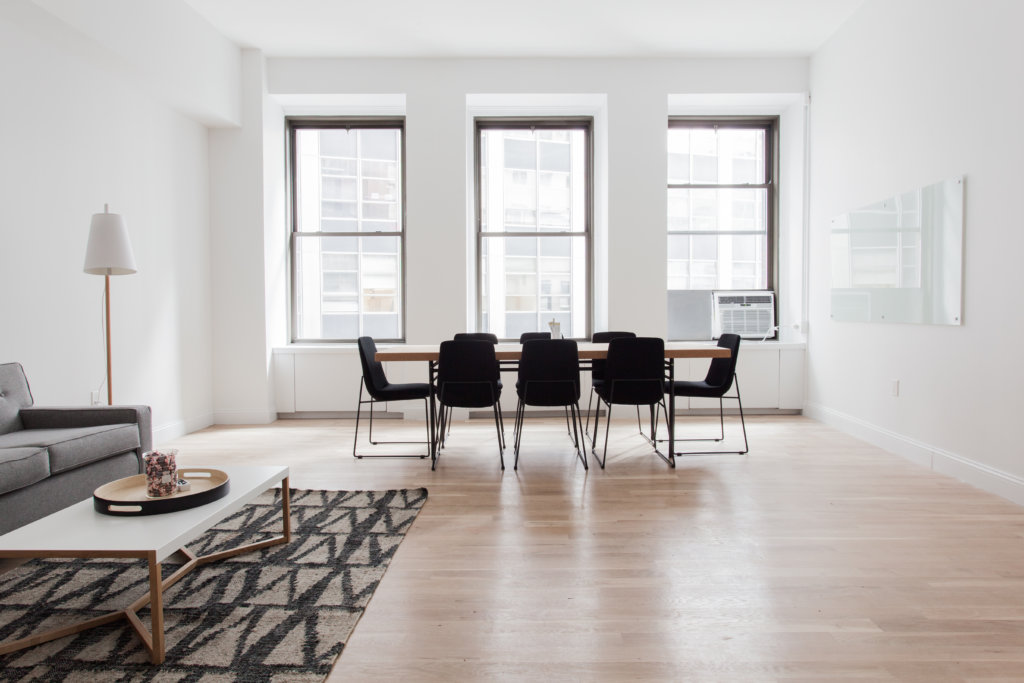 Woodridge Real Estate Agent On Decorating And Staging