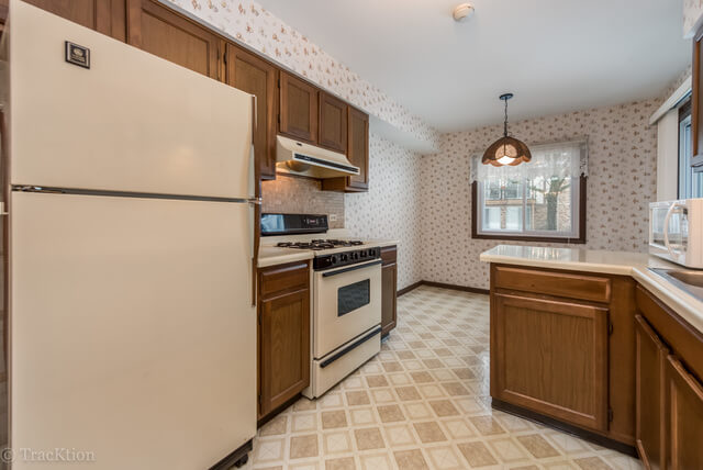 1301 S Williams 5 westmont il real estate agent